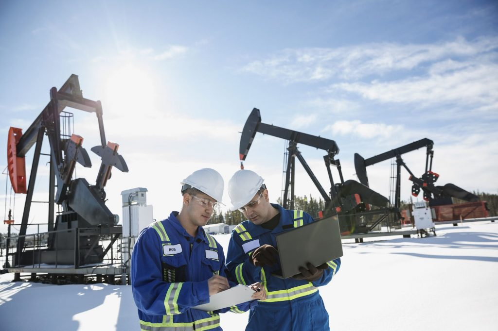 software to manage oil drilling equipment